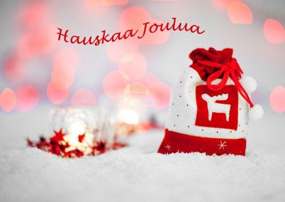 Travel Postcard - Joululahja hangessa - (cc) Petr Kratochvil